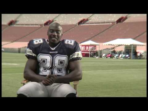 Donruss Interviews Felix Jones, Dallas Cowboys