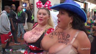 Mardi Gras babes: Kacey & Carol