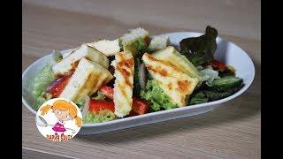 Салат с жареным сыром на гриле