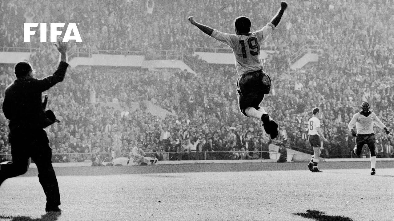 1962 WORLD CUP FINAL: Brazil 3-1 Czechoslovakia - YouTube