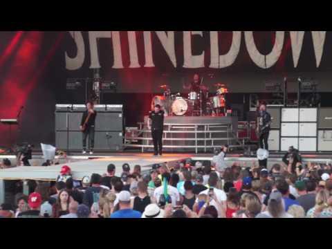 Shinedown - Devour - Reck-fest 2017
