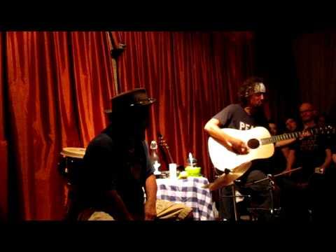 Jason Mraz - 93 Million Miles (new song) @ house show 14-09-2011