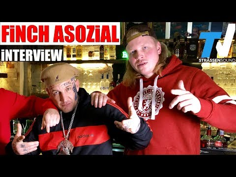 FiNCH ASOZiAL Interview mit MC Bogy - Dorfdisko | TV Strassensound