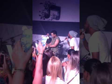 Andrin Oliveira (Simplesmente Sedução) e Ah! Mr Dan no San Bar's em Bebedouro-SP