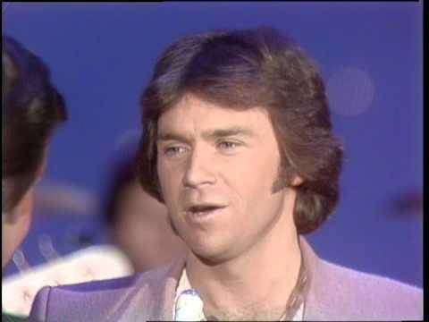 Dick Clark Interviews Chris Christian - American Bandstand 1982