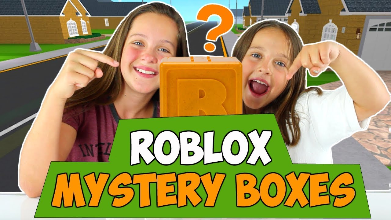 ROBLOX MYSTERY BOXES   OPENING ROBLOX SERIES 2