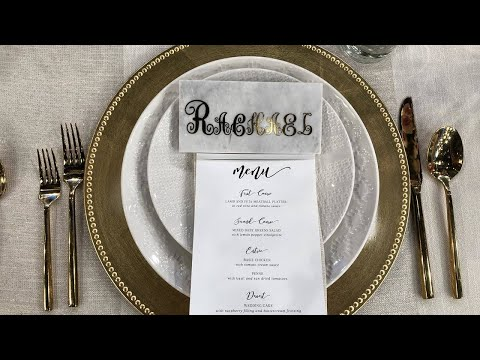 2-paperless-diy-wedding-seating-chart-ideas:-escort-board-+-marble-place-cards