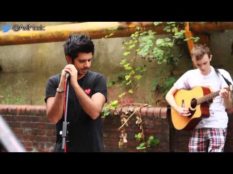 Boom Clap - Charli XCX (OFFICIAL Avi Acoustic Cover)