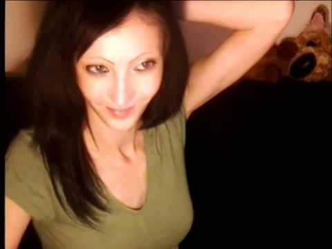 Webcam Skinny Girls Flexing
