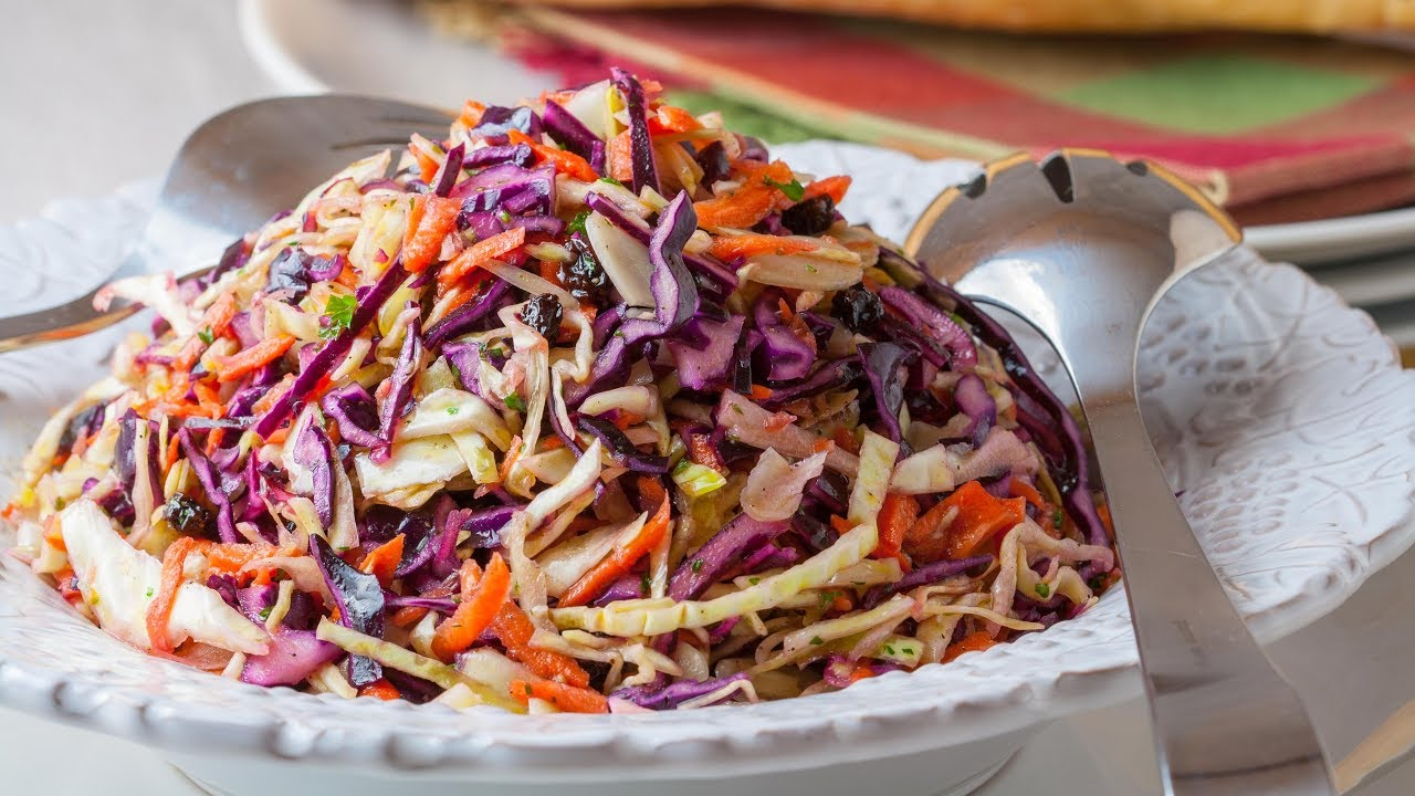 How To Make The Best Cabbage Salad Red Cabbage Salad With Apple Youtube