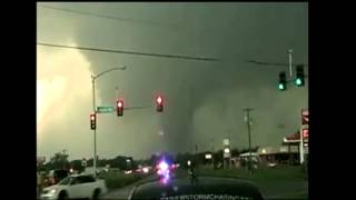 Raw video: Shawnee, Okla., tornado
