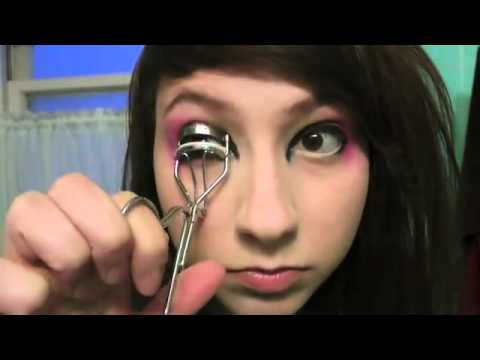 Who is Boxxy  Catie Wayne is Boxxy you see! Mm-