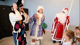 Кукольный спектакль для детей 'Три поросёнка' с Дедом Морозом