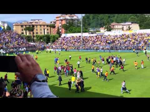 Frosinone In Serie A: Al Matusa Scoppia La Festa-promozione A Fine Gara Vinta 3-1 Sul Crotone