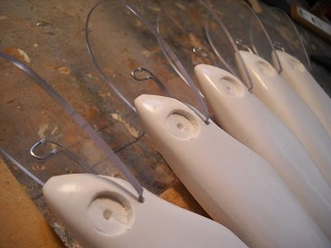 Lure Making: Casting/Molding A Resin Bait - Marling Baits