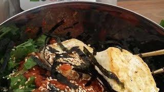 Корейская кухня. Рецепты. Чольмен. Лапша с овощами и острым соусом.