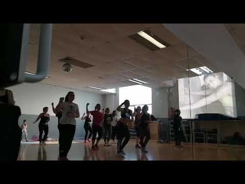 Zumba Déjala Q Baile De Melendi