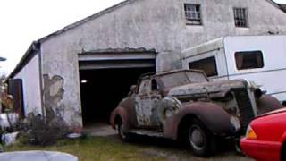 More old barn find, 37 Buick Conv.