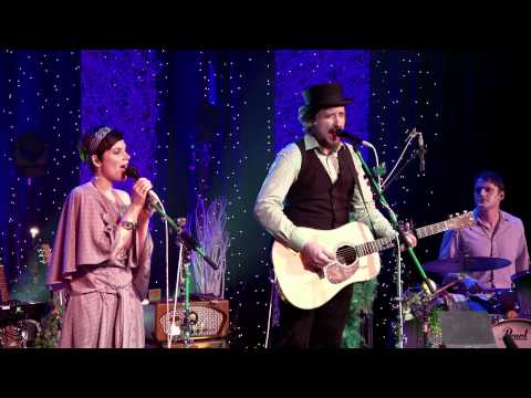Mrs. Greenbird - Love Makes You Free (LIVE)