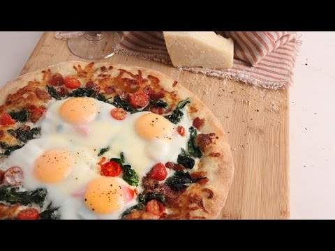 breakfast pizza from smitten kitchen