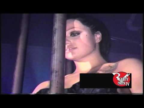 Belladonna dancing in a cage 1/11/02
