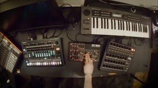 Études Alpha Nr. 2: Classic Minimal Techno Jam on Alpha Juno & Aira TR-8 & ZAQuencer