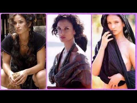 Indira Varma (Ellaria Sand in Game of Thrones) Rare Photos | Family | Friends | Lifestyle