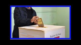 """Elezioni in sicilia, musumeci tra gli applausi al suo comitato: """"combattere per la sicilia"""""""