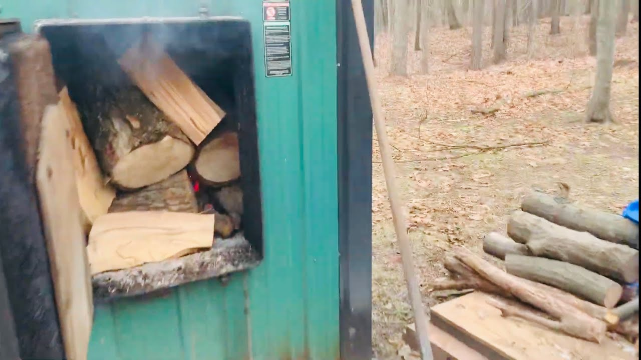 How To Load Timberwolf Split Ash Boiler Wood Into Outdoor