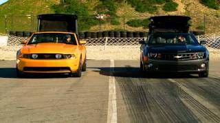 2011 Chevrolet Camaro SS Convertible vs 2011 Ford Mustang GT Convertible