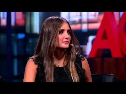 A modelo Catarina Migliorini é a convidada de Danilo Gentili no Agora é Tarde