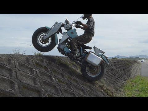 全輪駆動バイクで砂浜を走ってみる  Moto 2×2 Arukinasu200 Awd
