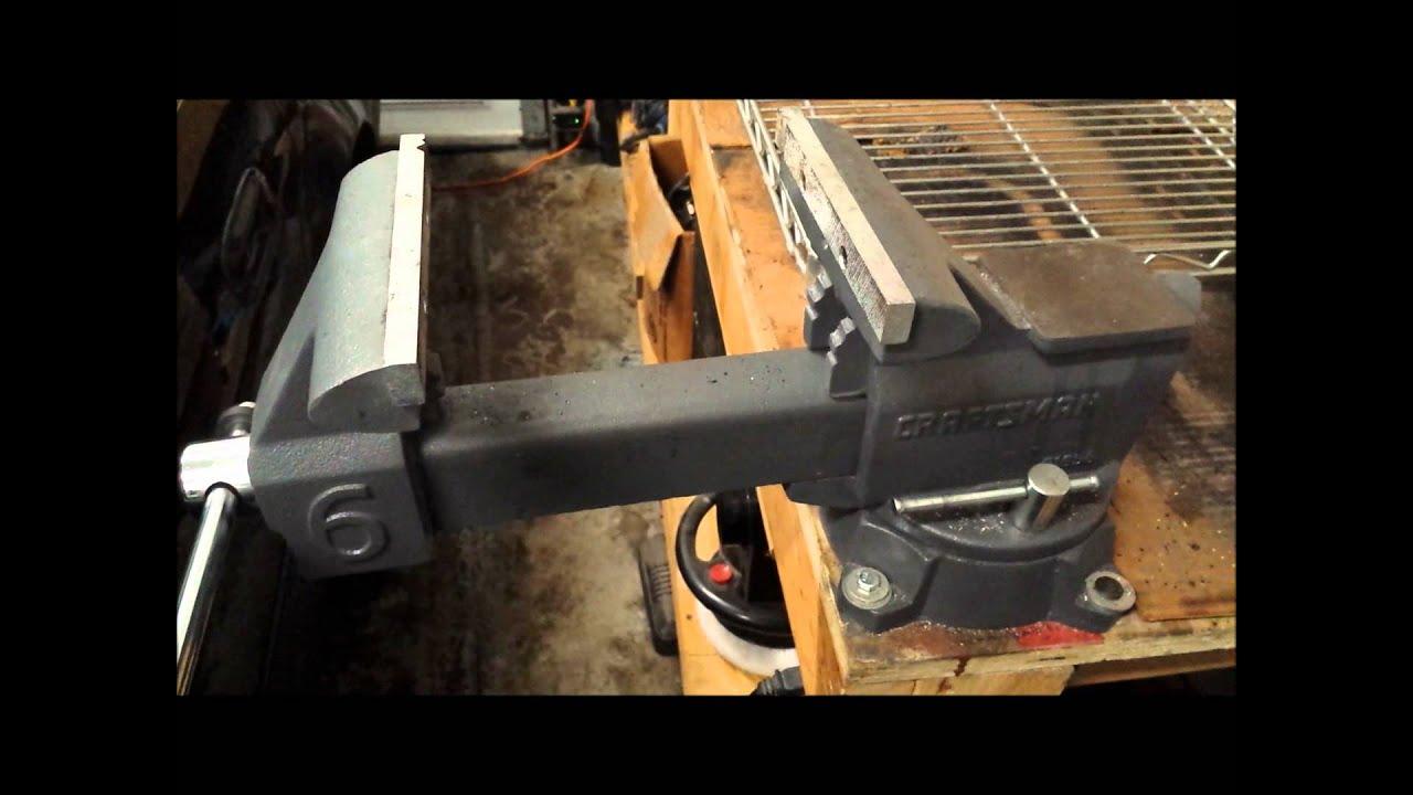 Craftsman 6 In Bench Vise Youtube