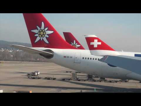 SWISS A330-300 HB-JHG LX 8 Zurich-Chicago Economy Class Trip Report