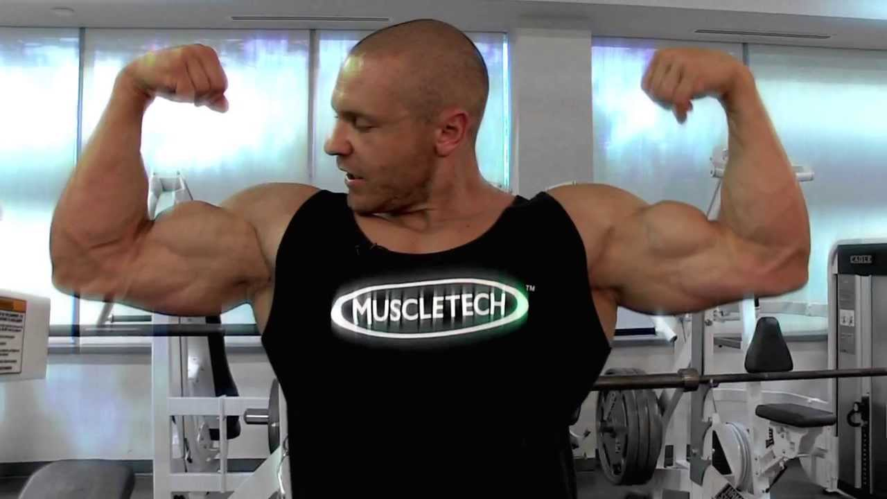 how to build massive shoulders and arms