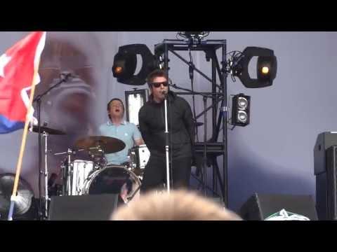 Beady Eye - Soul Love / Second Bite Of The Apple - Glastonbury Festival 2013