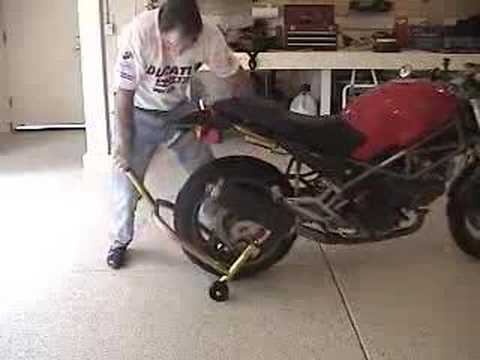 lifting ducati monster with pitbull rear handle stand - youtube