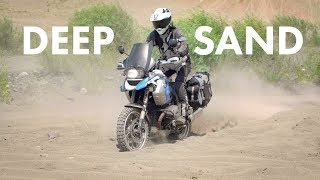 How to Ride iฑ Deep Sand on Heavy Adventure Bikes - Let the Bike Steer Itself