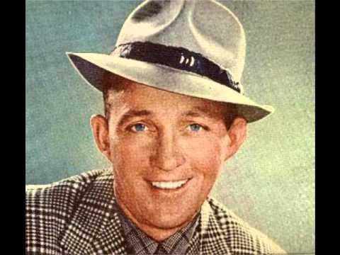 Клип Bing Crosby - Autumn Leaves
