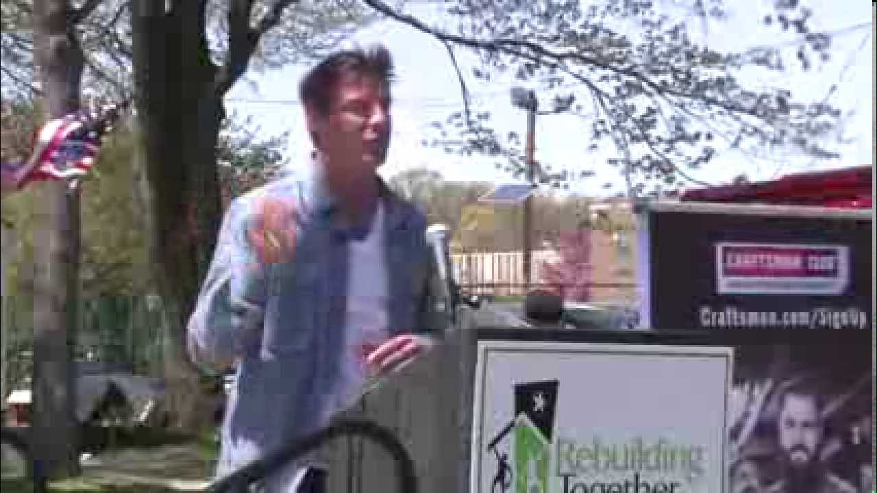 Welcome Home Peterson Family Welcome Home Ty Pennington Youtube