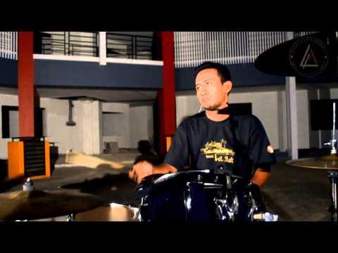 NELA - Penyesalanku (Official Music Video)