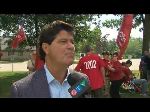 Part 1 - Unifor occupies Northstar Aerospace in Milton, Ontario - August 2017