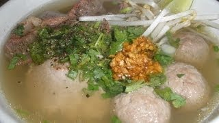 Beef Meat Ball With Flat Rice Noodle Soup (ca Tew Prahet Seight Cou)