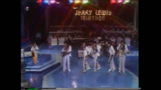 Michael Jackson - Jackson 5 - MDA Telethon -  Dancing Machine - Live 1974