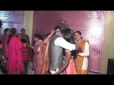 Meri pyari bahnia banegi dulhania..nice instrumental song in bihar