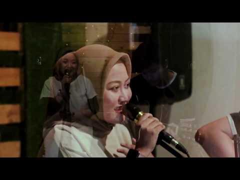 Download  TANPA RINDU - RAHMANIA ASTRINI COVER BY DEVI HIT LIVE SHOW Gratis, download lagu terbaru