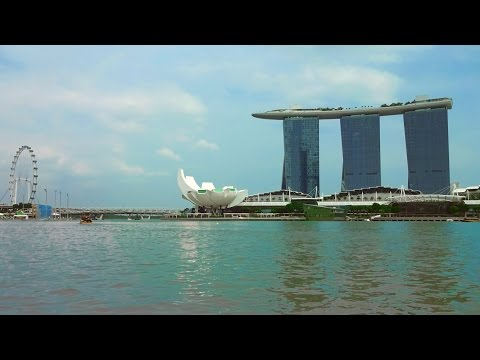 Singapore Marina Bay Sands 2015 Tourism hotel motorboat city tour trip.