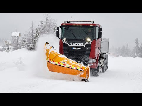 A new generation, all-wheel-drive Scania plough truck