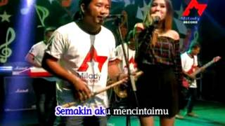 Смотреть клип Nella Kharisma - Laraku