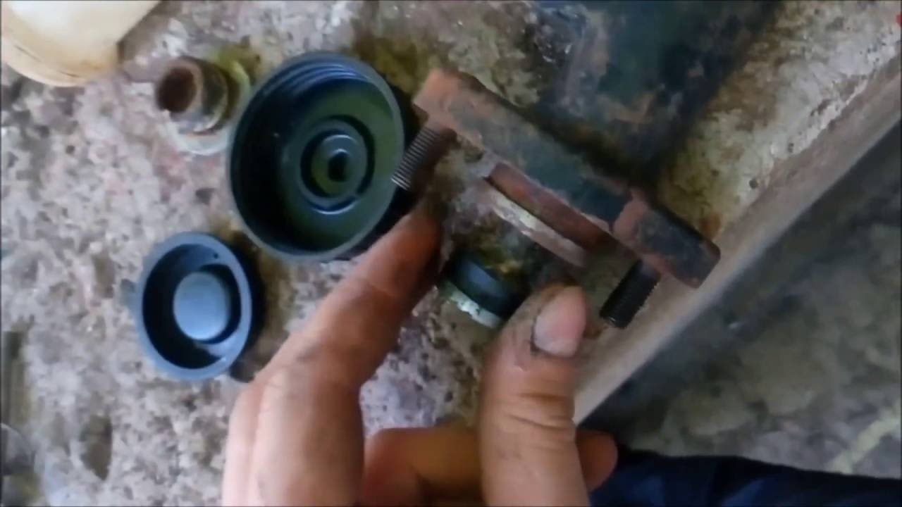 Moskvich 412 clutch pump rebuild AZLK   Moskvich 412 съединител помпа Ремонт АЗЛК